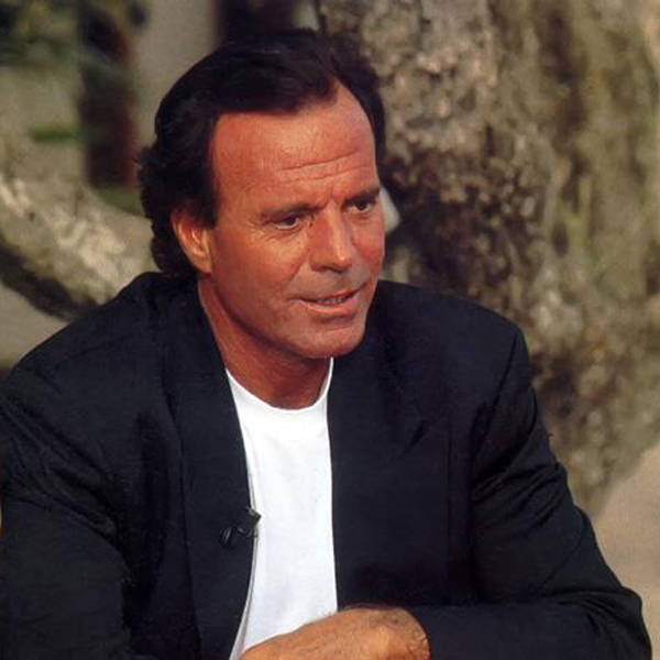 a biography of julio iglesias Learn about the life and career of julio iglesias jr, including some surprising facts.